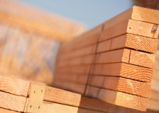 Canadian lumber giants make record profits; optimistic outlook for 2021