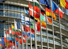 EU wants to establish a 32% share for renewable energy by 2030