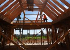 US housing starts reported as weak; possible economic recession ahead