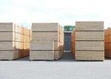 International wood markets under a volatile period